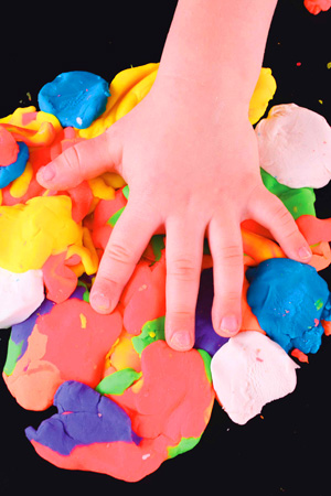 bicarbonate of soda, projecys for kids, bicarb tips, play dough