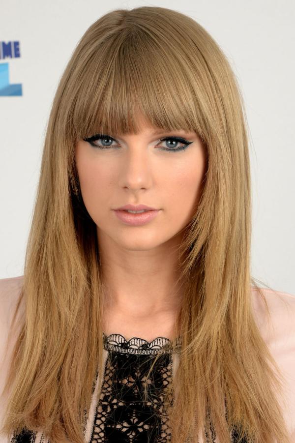 Taylor Swift resized 600