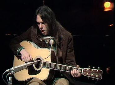 Rock and Roll History - Classic Guitars Martin D-45 Neil Young