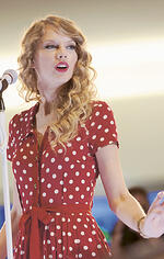 taylor swift, the red tour, flametreepop,